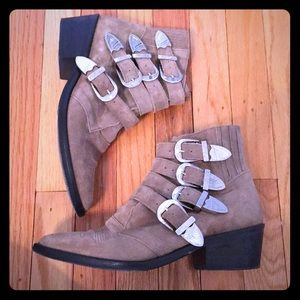 Toga Pulla suede buckle boots sz 38